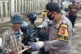 Polisi rutin bubarkan kerumunan karena masih banyak warga tidak mengindahkan