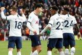 Rencana pemotongan gaji karyawan Tottenham diurungkan