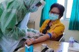 Tenaga kesehatan Kota Magelang jalani tes cepat COVID-19