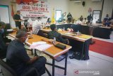 Anggota DPRD Kotim antusias mengikuti rapat paripurna online