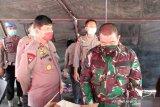TNI-Polri di Palu dirikan dapur umum bantu masyarakat terdampak COVID-19