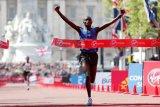 Pemenang London Marathon 2017 Daniel Wanjiru dilarang bertanding karena doping