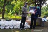 Undip pasok bahan pangan bagi mahasiswa yang tidak mudik