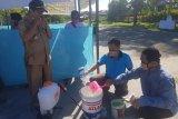 Distrik Nimboran lakukan penyemprotan disinfektan cegah COVID-19