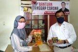 Anggota DPD RI  Muslim M Yatim bagikan 5.000 paket sembako bagi warga terdampak COVID-19