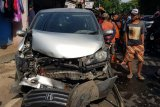 Pertengkaran pengemudi dengan penumpang picu kecelakaan mobil