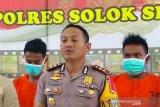 Petugas evakuasi sembilan warga Solok Selatan tewas tertimbun di lokasi tambang  liar