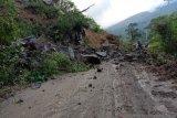 Longsor susulan kembali tutupi ruas jalan Sicicin-Malalak, pengendara dialihkan lewat Padang Panjang