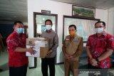 Paguyuban Marga Tionghoa  bantu  APD untuk tenaga medis di Kepri