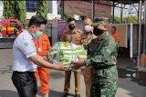Pemkot Bandarlampung salurkan 500 baju hazmat dari BNPB ke tenaga medis