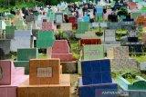 Ziarah kubur jelang ramadhan di Mamuju
