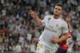 Striker Madrid  Jovic  cedera retak pada tumit kanannya