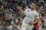 Real Madrid menawarkan Luka Jovic ditukar dengan Fabian Ruiz dari Napoli