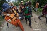 Dua warga terseret arus sungai di Gunung Mas Kalteng ditemukan tewas