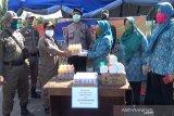 TP-PKK Seruyan berikan nutrisi imunitas tubuh ke petugas posko COVID-19