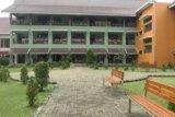Menilik kebijakan DKI Jakarta siapkan gedung sekolah jadi tempat alternatif penanganan COVID