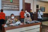 Bibi dan keponakan penyebar hoaks begal ditangkap polisi