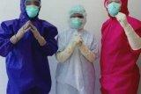 Shinta terpanggil merawat pasien positif COVID-19