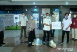 PLN serahkan bantuan APD kepada  tiga RS rujukan di Makassar