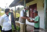 Pemkot Padang Panjang salurkan bantuan untuk warga terdampak wabah COVID-19