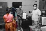 Polisi selidiki penyebar video tiga remaja putri buka bra