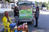 100 pelaku usaha di Kupang jual takjil  secara daring