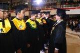 Universitas Udayana bakal  mewisuda 600 lulusan dari jarak jauh