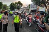 Polisi amankan puluhan remaja dan 16 unit sepeda motor terlibat balap liar