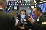 Wall Street menguat di tengah stimulus corona