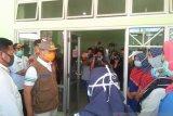Hasil swab delapan petugas medis Mukomuko reaktif COVID-19 dikirim ke Palembang