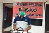 Tim evakuasi satu keluarga positif terjangkit wabah COVID-19 di Sorong
