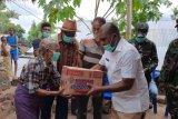Korban perang antarsuku di Adonara terima bantuan dari Pemkab Flores Timur