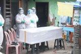 Polda Metro Jaya membantu pemakaman jenazah terpapar COVID-19
