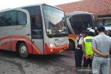 Kendaraan dari Semarang wajib masuk Terminal Induk Jati Kudus
