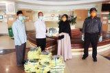 Bawaslu Sulsel sumbang APD kepada RSUP Wahidin Sudirohusodo