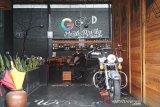 Cegah COVID-19, Kafe dan PKL di Kudus diminta tak layani makan di tempat
