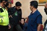 Seorang perempuan meninggal akibat kecelakaan saat mengejar pelaku yang menjambretnya