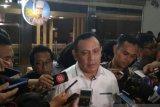 Ketua KPK Firli sebut tersangka dihadirkan saat konferensi pers untuk keadilan