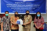 Bandara Sam Ratulangi Manado bantu warga terdampak COVID-19
