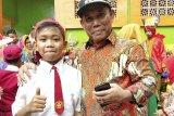 Sejumlah wali murid Sumbawa Barat dukung belajar di rumah diperpanjang sampai 30 Mei
