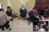 Polisi bekuk empat penjudi 'dadu gurak' ditengah pendemi COVID-19