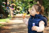 Kiat mengasuh anak selama pandemi, membahagiakan dulu diri sendiri