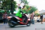 LMP Makassar bagikan ratusan takjil berbuka puasa kepada pengendara
