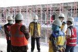 Menteri PUPR meninjau pembangunan Gedung Darurat COVID-19 di RSA UGM