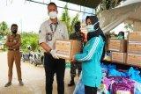 PT PAMA serahkan bantuan untuk warga Desa Lemo