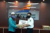 PT KAI Divre IV salurkan 700 paket sembako berkah Ramadhan