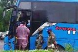 Tim satgas COVID-19 Palembang amankan belasan pengemudi kendaraan tidak pakai masker