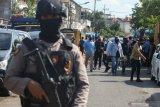 Densus 88 tangkap seorang pria asal Kabupaten Tanah Datar diduga terlibat teror