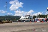 Angkutan penyeberangan di Pelabuhan Lembar Lombok ditutup