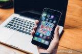 Apple dan Google sepakat matikan lokasi untuk aplikasi lacak corona